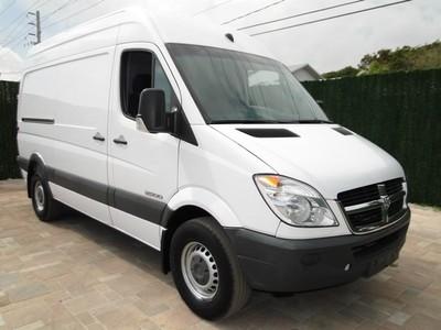 dodge sprinter 2500 144 wb 08 sprinter mercedes diesel super high ceiling shc work cargo van. Black Bedroom Furniture Sets. Home Design Ideas
